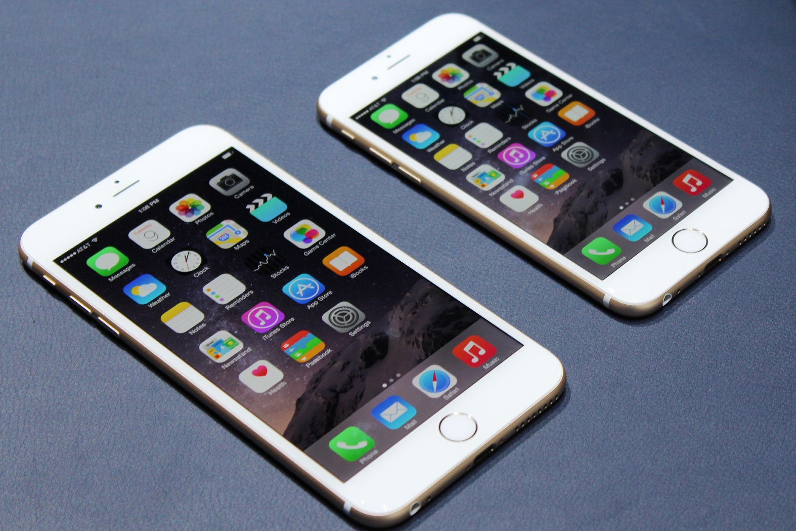 Modojo | Must-Buys For Your New iPhone 6 and iPhone 6 Plus