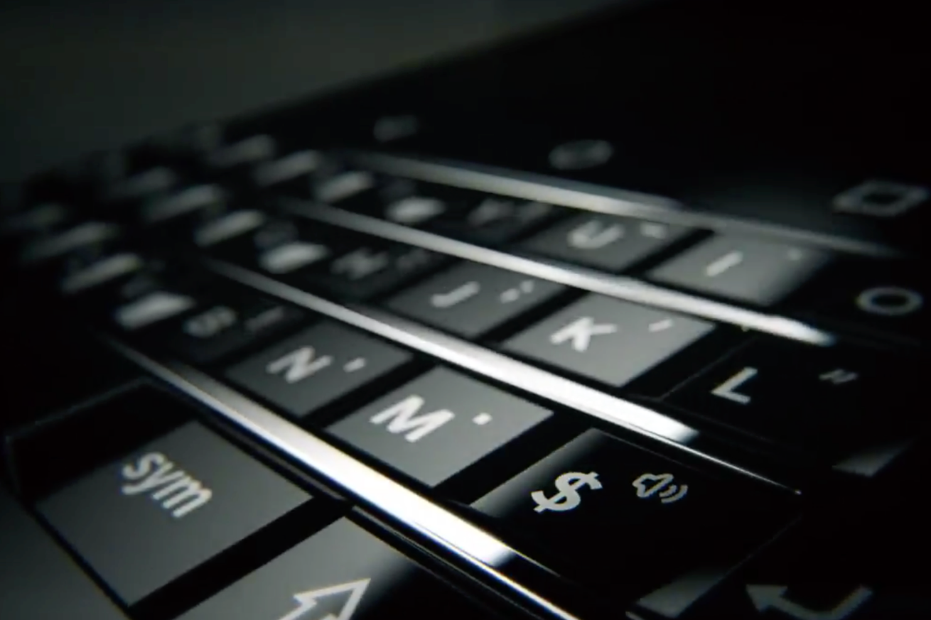 Modojo   CES 2017: Blackberry Mercury Smartphone With Physical Keyboard Shown