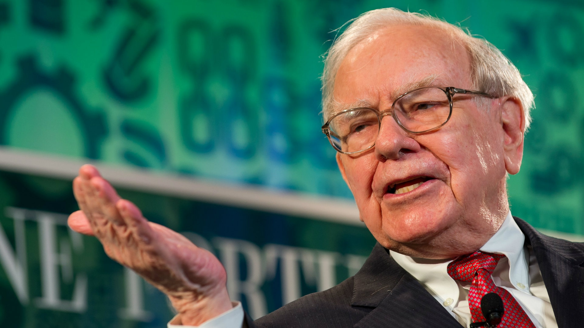 Modojo | Warren Buffett Believes Wearables Are A 'Safe Bet'